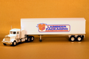 Picture for category LIONEL TRACTOR/TRAILER SERIES