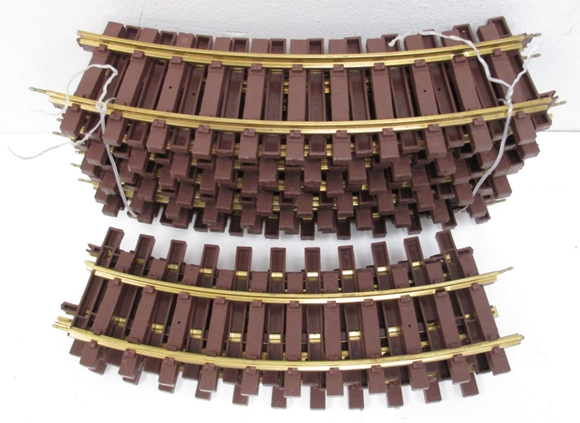 Picture of Large Scale Curve Track (1-piece)